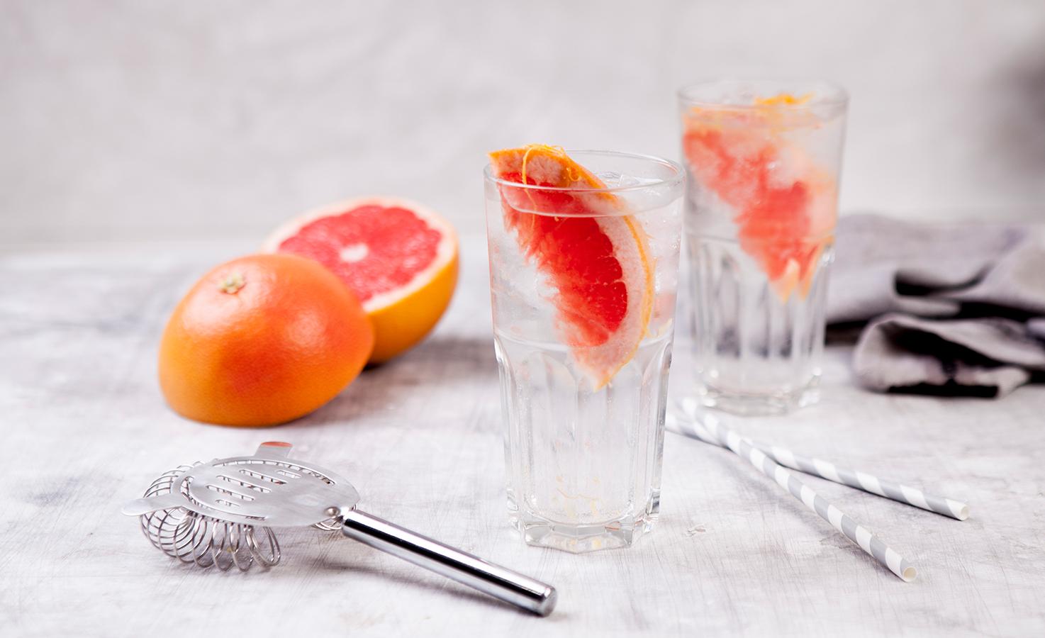 001_Hoos-Pink-Grapefruit-Gin-TonicJdmqKecFxWHuQ