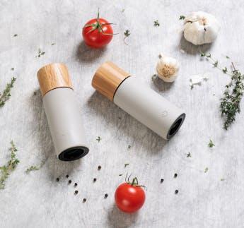 Salz- und Pfeffermühlen-Set mit Olivenöl, Salz und Pfeffer, 5-teilig