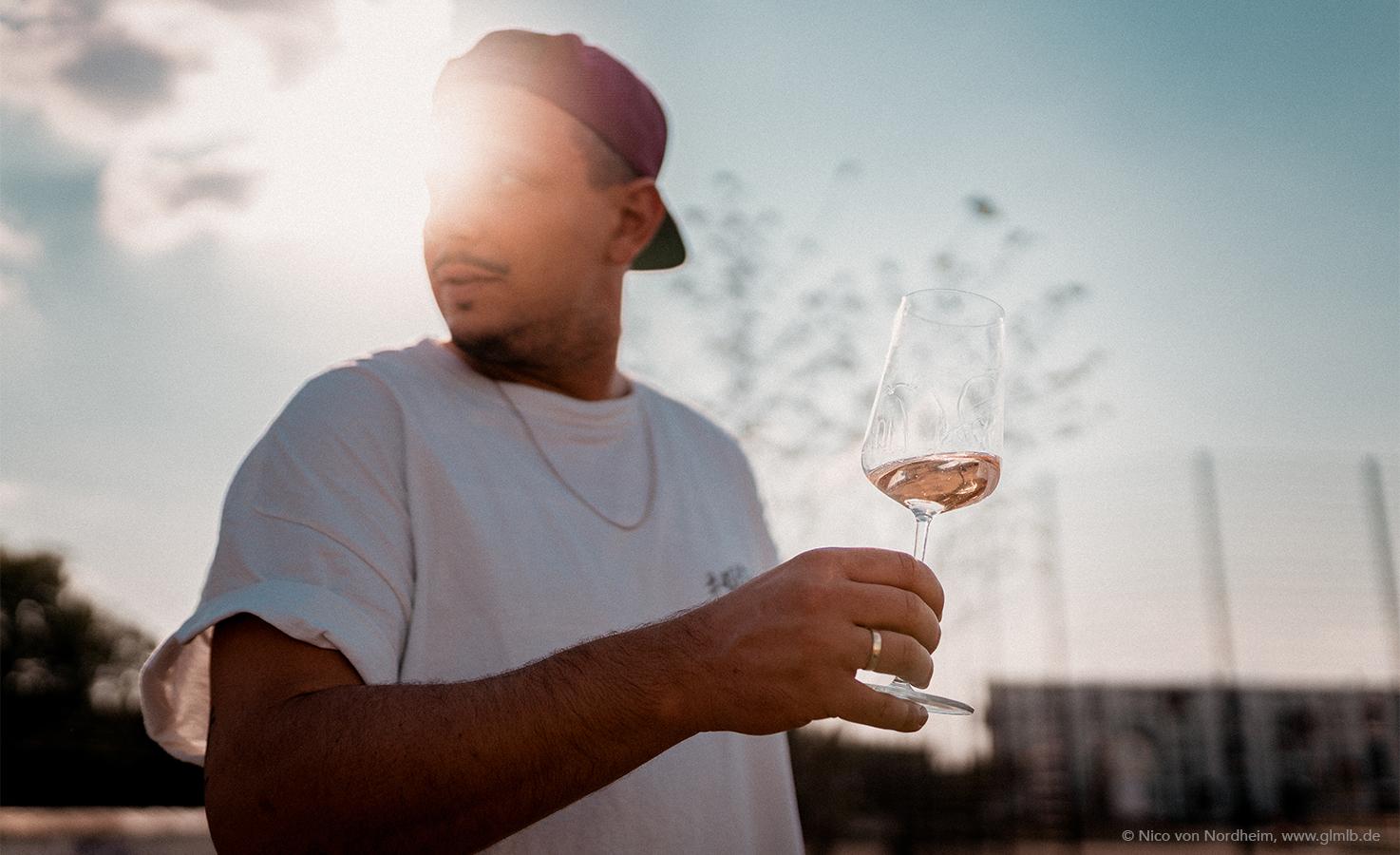 202101_Wine_Tasting_Set_1474x900_Mood