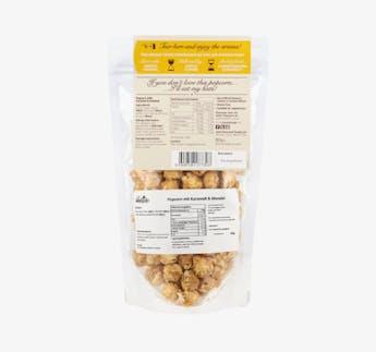 Popcorn mit Karamell und Mandeln