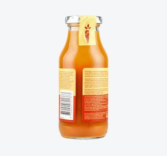 Smoothie mit Orange, Karotte & Ingwer