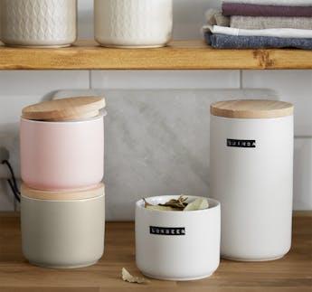 """Vorratsdosen """"Sweet Scandi"""" weiß aus Keramik mit Holzdeckel, 2-teilig"""